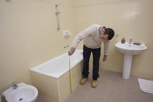 Vasche Da Bagno In Vetroresina Misure : Sovrapposizione vasche da bagno u fasi di lavorazione
